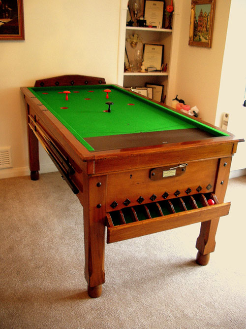 bar billiard tables bar billiard table uk experts hubble sports since 1910. Black Bedroom Furniture Sets. Home Design Ideas